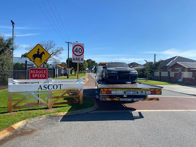 Tow Truck in Ascot